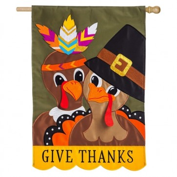 Pilgrim Couple Happy Thanksgiving House Flag