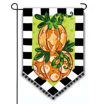 Tom's Pumpkin Topiary Garden Flag